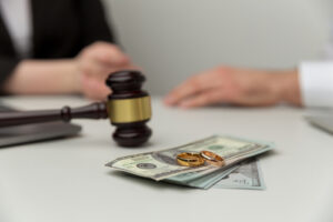 Factors That Affect Your Alimony Payments